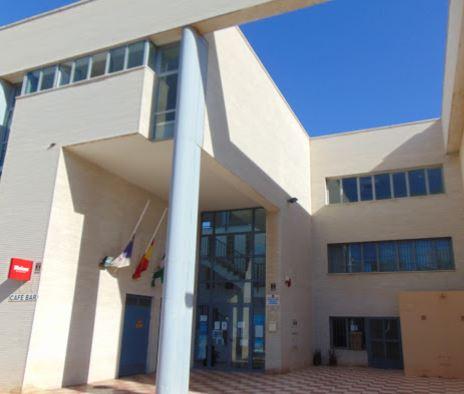 Dimoba realizará el servicio de mantenimiento de seis Edificios de Usos Múltiples del Ayuntamiento de Roquetas